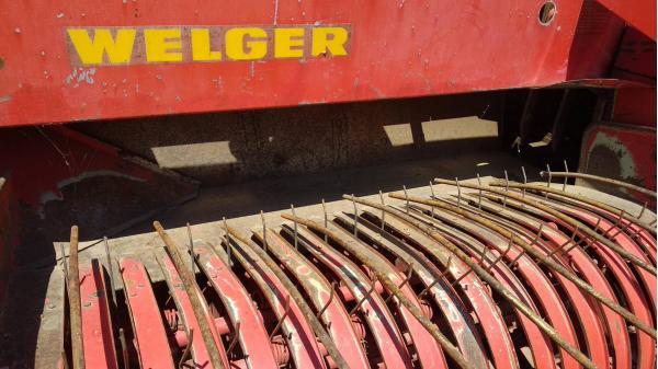 Тюковый пресс-подборщик Welger AP 45 (Велгер АП 45)